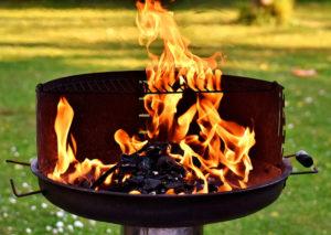 Płonący grill