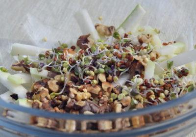 Przepis na sałatkę z kiełkami rzodkwi czarnej