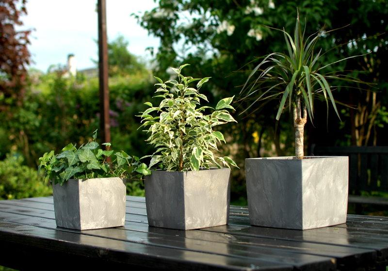 3 doniczki Square Marble w różnych rozmiarach, ekologiczne tworzywo z recyklingu, designerski wygląd