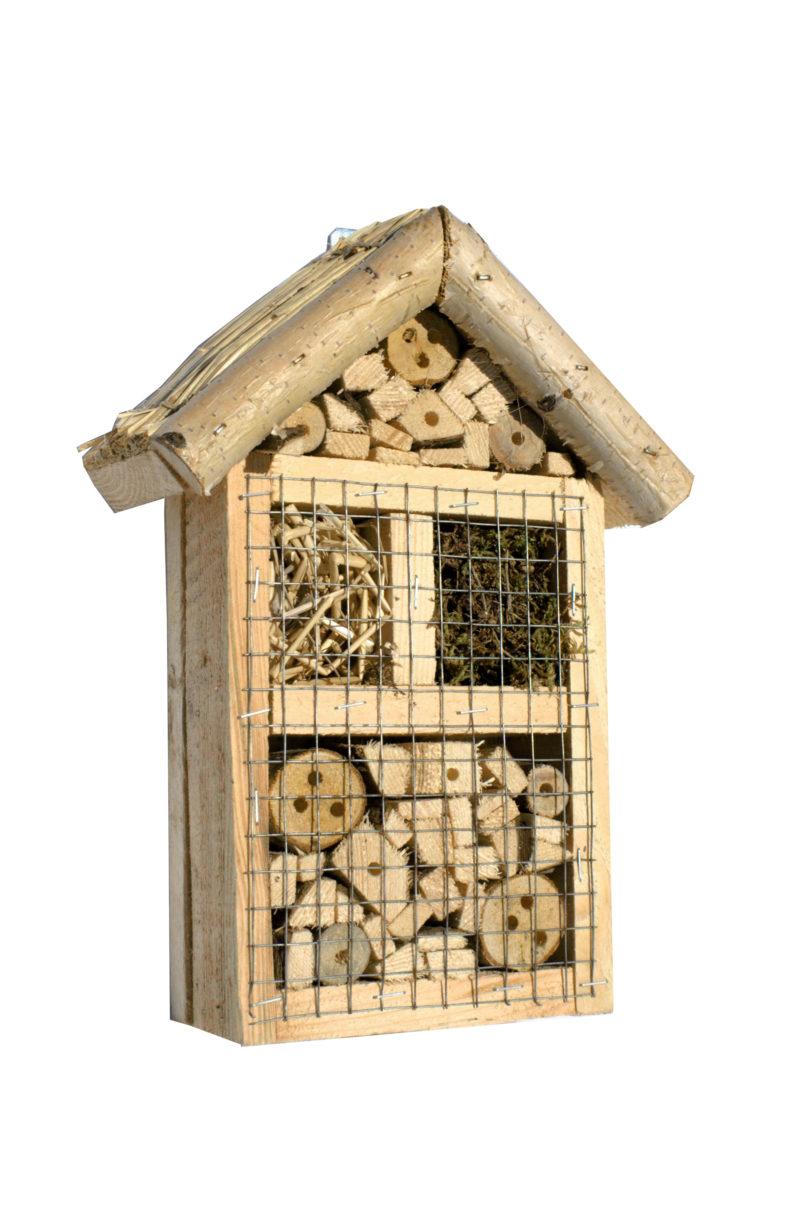 Hotel dla owadów z daszkiem z trzciny