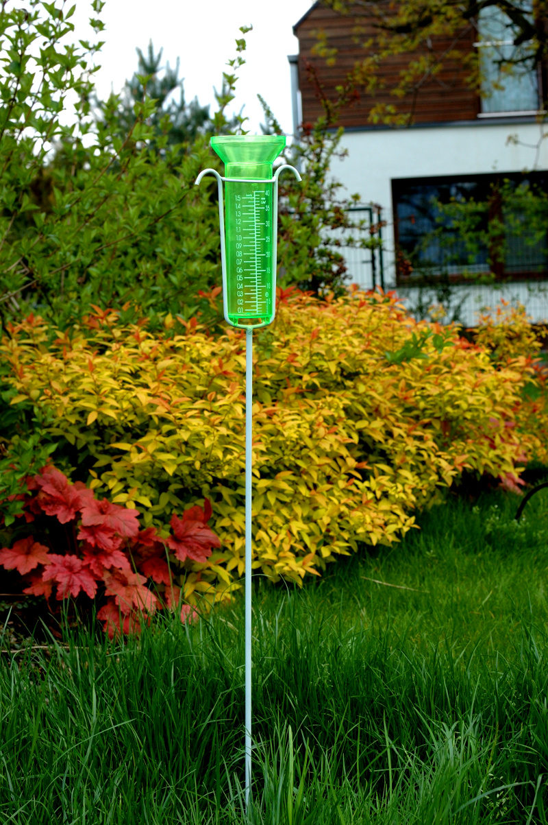 pluwiometr do mierzenia opadów - deszczomierz