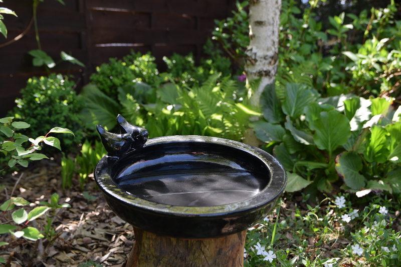 Poidełko ceramiczne dla ptaszków do stawiania