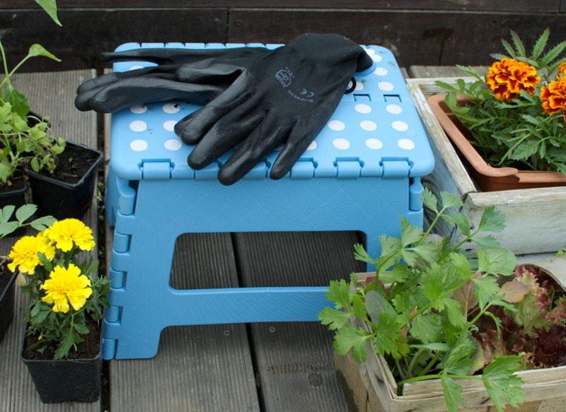 Rękawice do pracy w ziemi czarne poliestrowe do sadzenia
