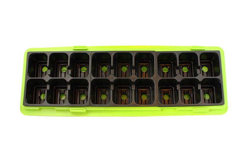 miniszklarnia wytłaczana z polistyrenu podwójna z pokrywą 18 sadzonek