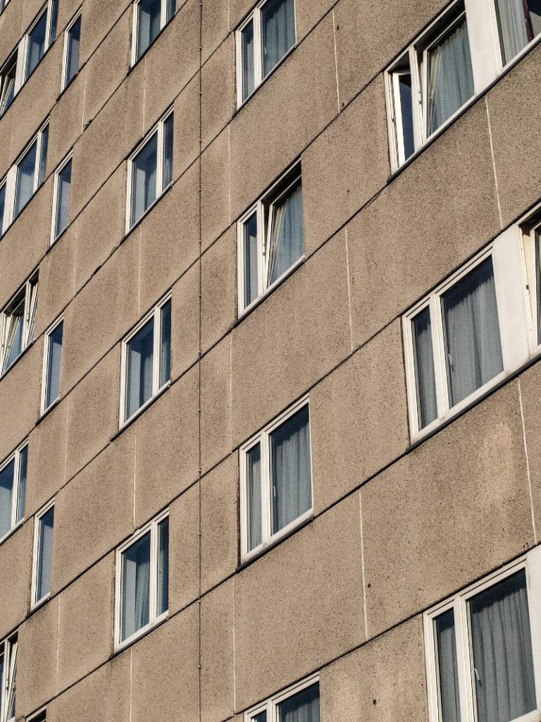 jak dokarmiać ptaki w bloku niezwykłe okna