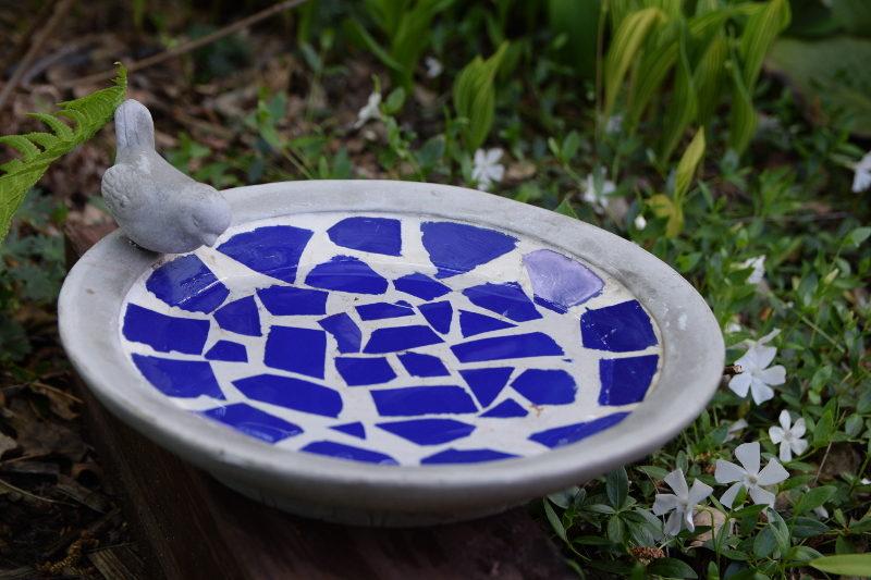 poidełko z mozaiką