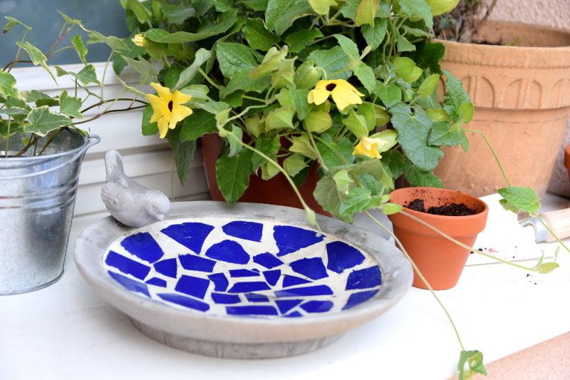 poidełko niebieska mozaika kwiaty