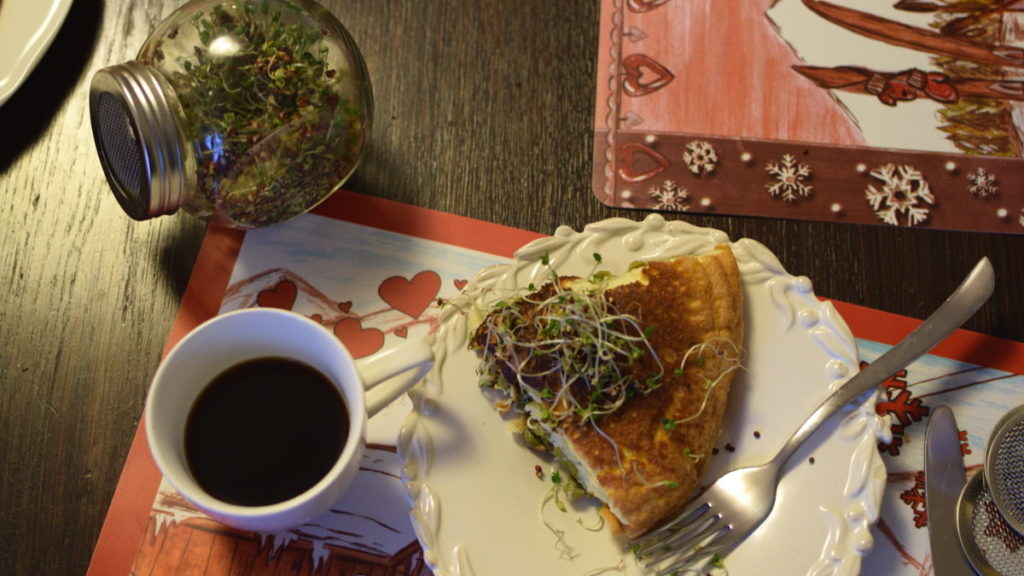 Omlet z kiełkami brokuła 4