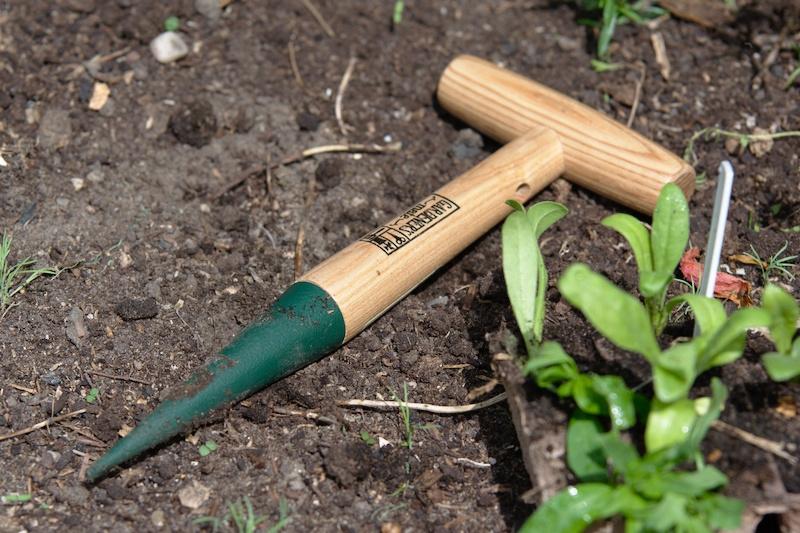 Pikownik do sadzenia z okuciem