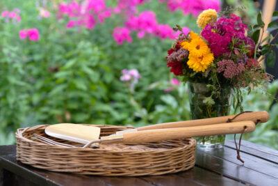 Narzędzia z półdługą rączką z drewna
