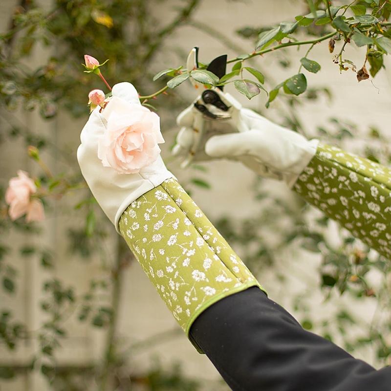 Skórzane rękawice do róż 1