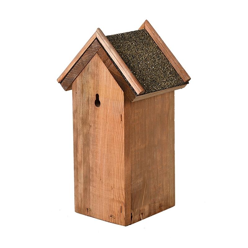 Budka dla ptaków z daszkiem z papy 1