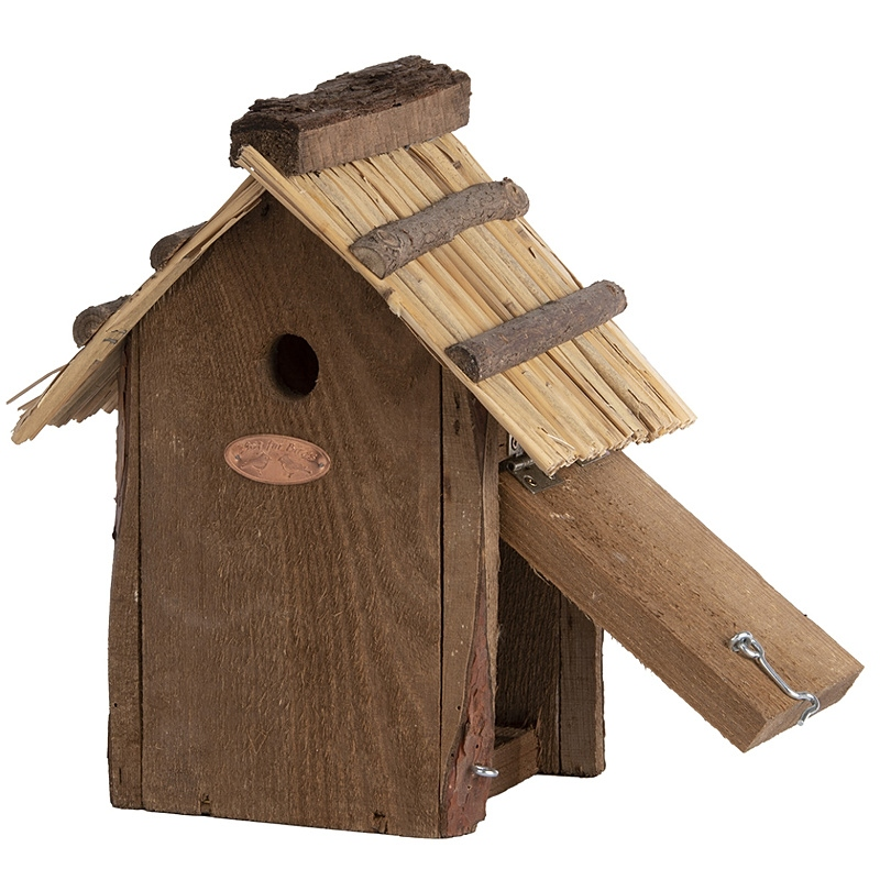 Domek dla ptaków z dachem ze słomy 3